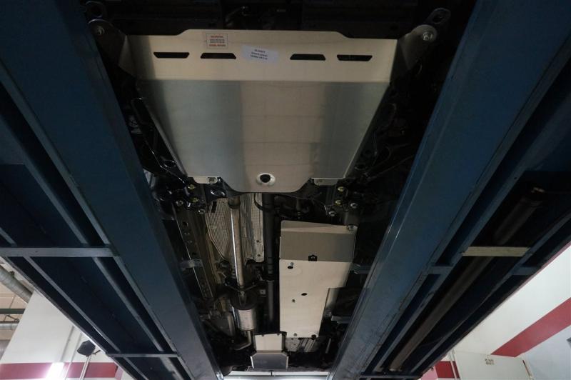 Защита днища Honda CR-V; V-2,0 (2012-2014-), V-2,4 (2012-2014) из 3 частей (Алюминий 4 мм), 0920ABC