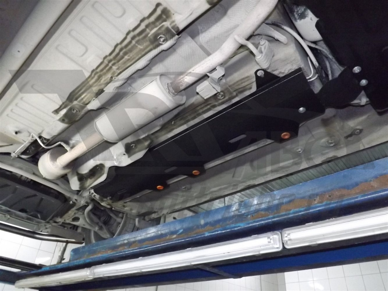 Защита топливопровода Lada X-Ray, V-1,6 (2016-)/ Lada Largus V-1,6 (2012-)/Renault Kaptur V-все (201