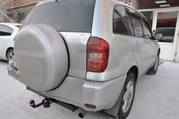 Фаркоп для Toyota RAV 4 (2000/6-2006)/Chery Tiggo(2006-11)/Tingo(2010-11), BOSAL, 3033A