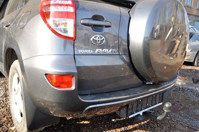 Фаркоп для Toyota RAV 4 (2006-2012), BOSAL, 3043A