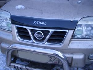 Дефлектор капота Nissan X-Trail (Ниссан Икстрейл) (2001-2006)(с надписью) (темный), SNIXTR0112L