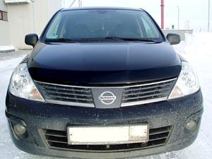 Дефлектор капота Nissan Tiida (Ниссан Тиида) (2006-) (темный), SNITII0612