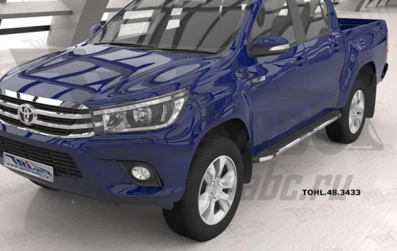 Пороги алюминиевые (Brillant) Toyota HiLux (2015-) (черн/нерж), TOHL483433