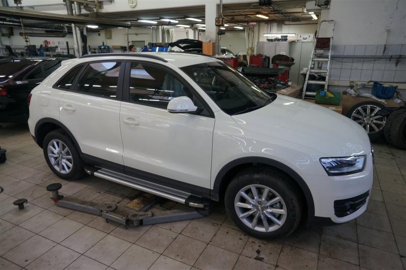 Пороги алюминиевые (Brillant) Audi (Ауди) Q3 (2011-) (серебр), AUQ3483325