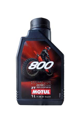 Моторное масло MOTUL 800 2T FACTORY LINE ROAD RACING, 1л, 104038
