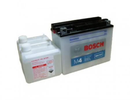 Аккумуляторная батарея Bosch Funstart FreshPack, 12 В, 20 А/ч, 200 А, 0092M4F470