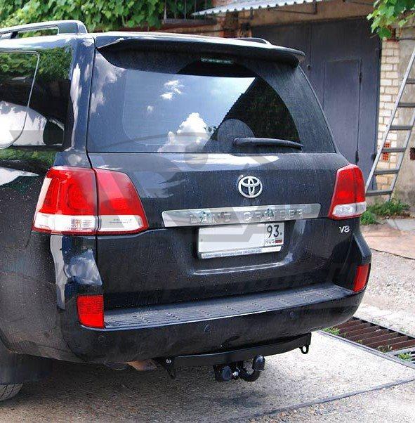 Фаркоп для Toyota Land Cruiser (Тойота Ленд Круизер) 200 (2007-2015-)/ Lexus LX 570 (2007-2015), BOS