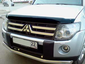 Дефлектор капота Mitsubishi Pajero (Митсубиши Паджеро) IV (2007-) (темный), SMIPAJ0712