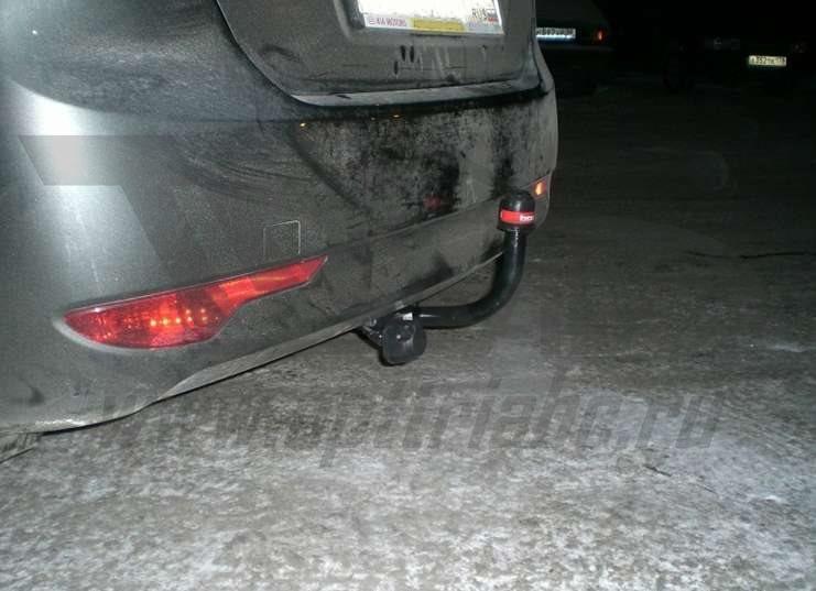 Фаркоп для Kia Cee'd Хэтчбек / Hyundai i30 Хэтчбек (2007-2012) ., BOSAL, 6737A